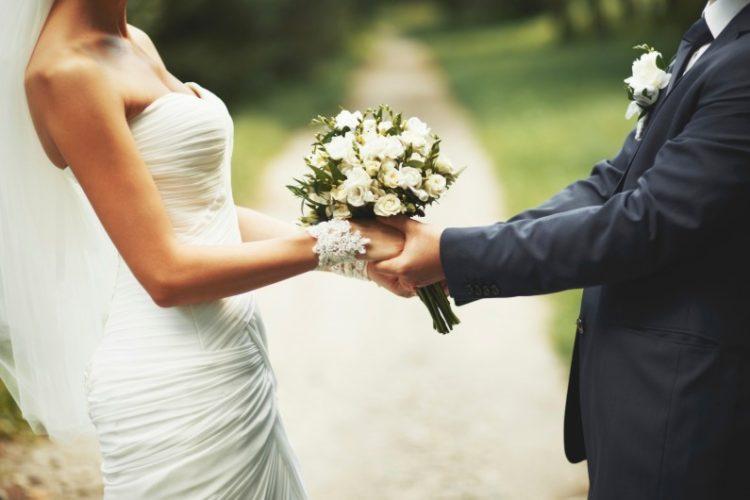 Comment choisir votre housse de chaise pour votre mariage ?